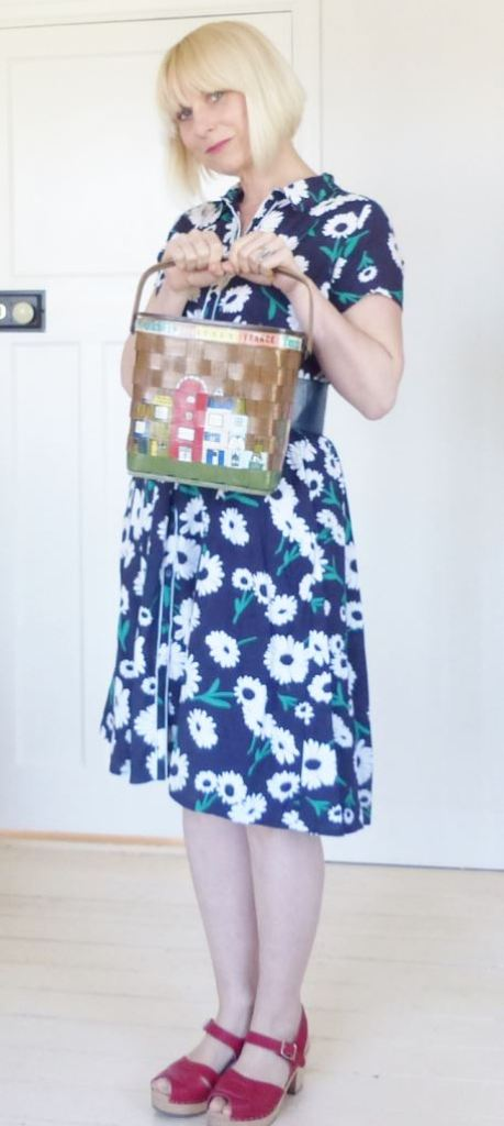 Tu at sainsburys vintage style dress reviewed by Kate Beavis with a Caro Nan bag