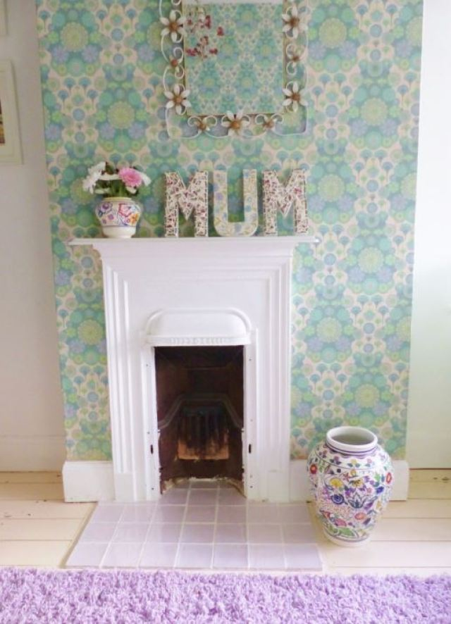 DIY Tutorial Mothers Day: vintage ceramic mosaic letters as featured on Kate Beavis Vintage Home blog