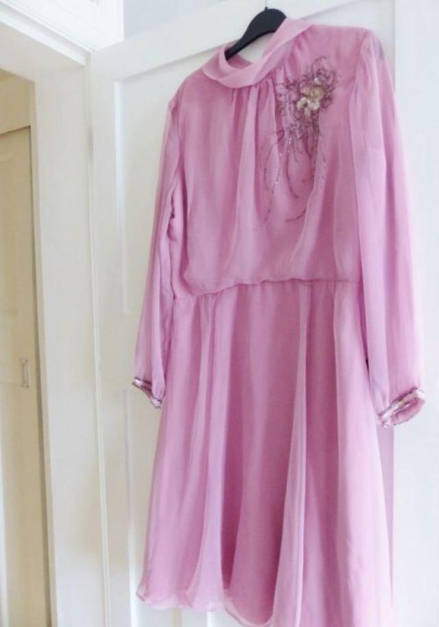 Vintage pink 1960s dress as featured on Kate Beavis Vintage Blog