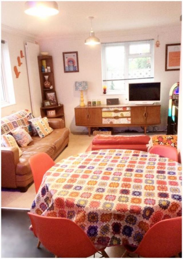 Five Little Diamonds Vintage Home as featured on Kate Beavis Vintage Home blog vintage lounge