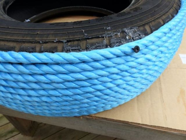 How to make a tyre footstool