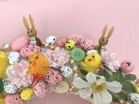 A Step By Step Guide - How To Make An Easter Wreath