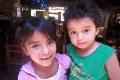 hermana y hermano