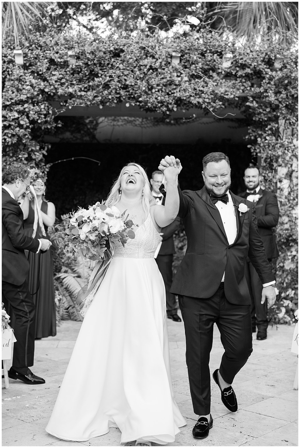 Charleston Cannon Green Outdoor Romantic Wedding_0057.jpg