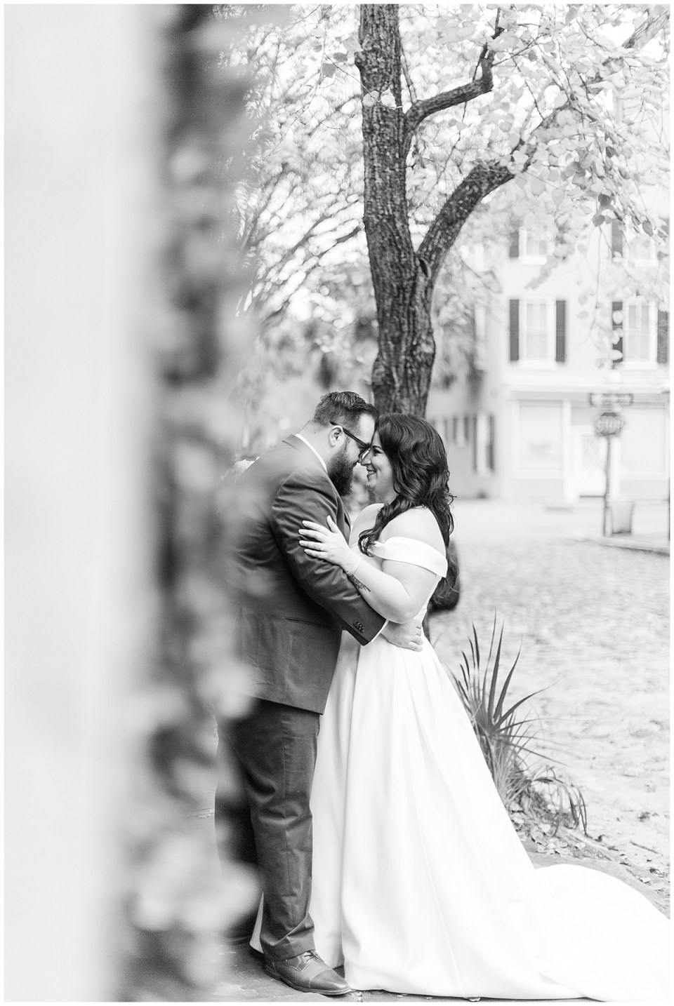Outdoor Downtown Charleston Engagement Session Best Charleston Wedding Photographer_0068.jpg