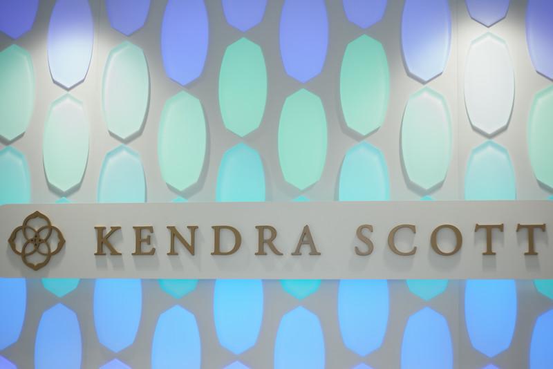 Kate Style Petite, Kendra Scott