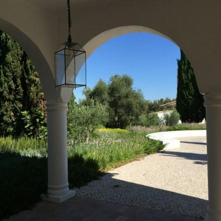 Garden Arch Vila Monte