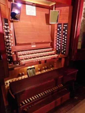 Caird Hall console: 1923 Arthur Harrison organ