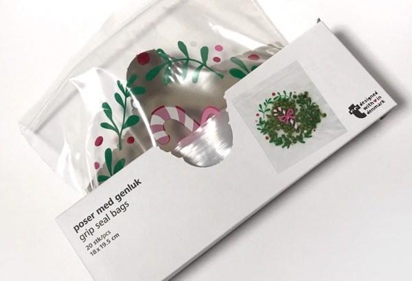 フライングタイガーのクリスマス柄『ジッパー付き袋』がシンプルで可愛い!