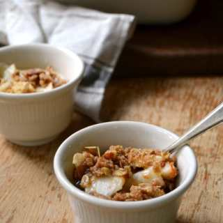 Pear Crisp - Delicious and easy fall dessert.