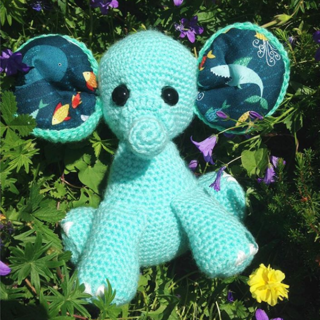 consewvation-elephant-design-turquoise-in-the-garden