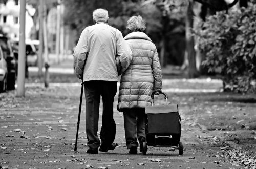 Helping Elderly Parents Stay Safe