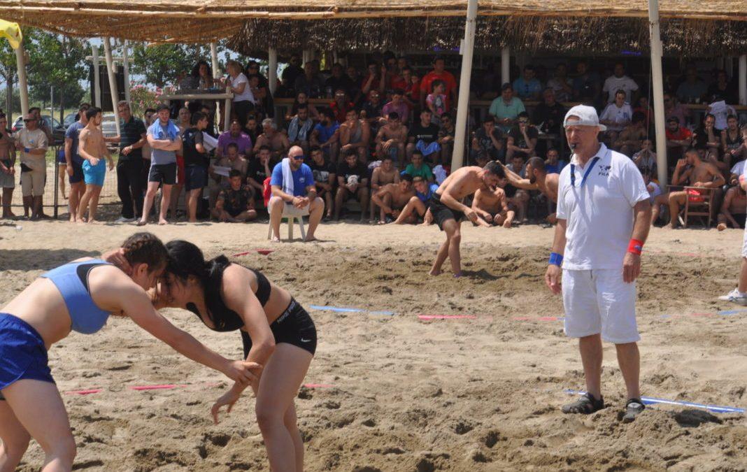 Photo story του Πανελληνίου πρωταθλήματος Πάλης στην άμμο στην Κατερίνη (Pics)