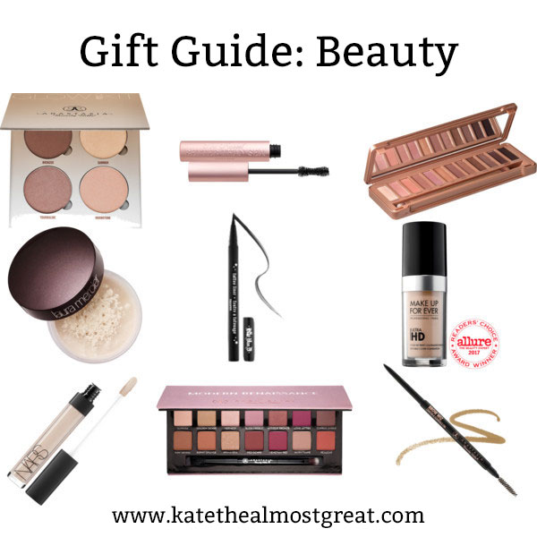Shopping for a makeup lover? Check out these makeup cult favorites! Every makeup lover will like these gifts.