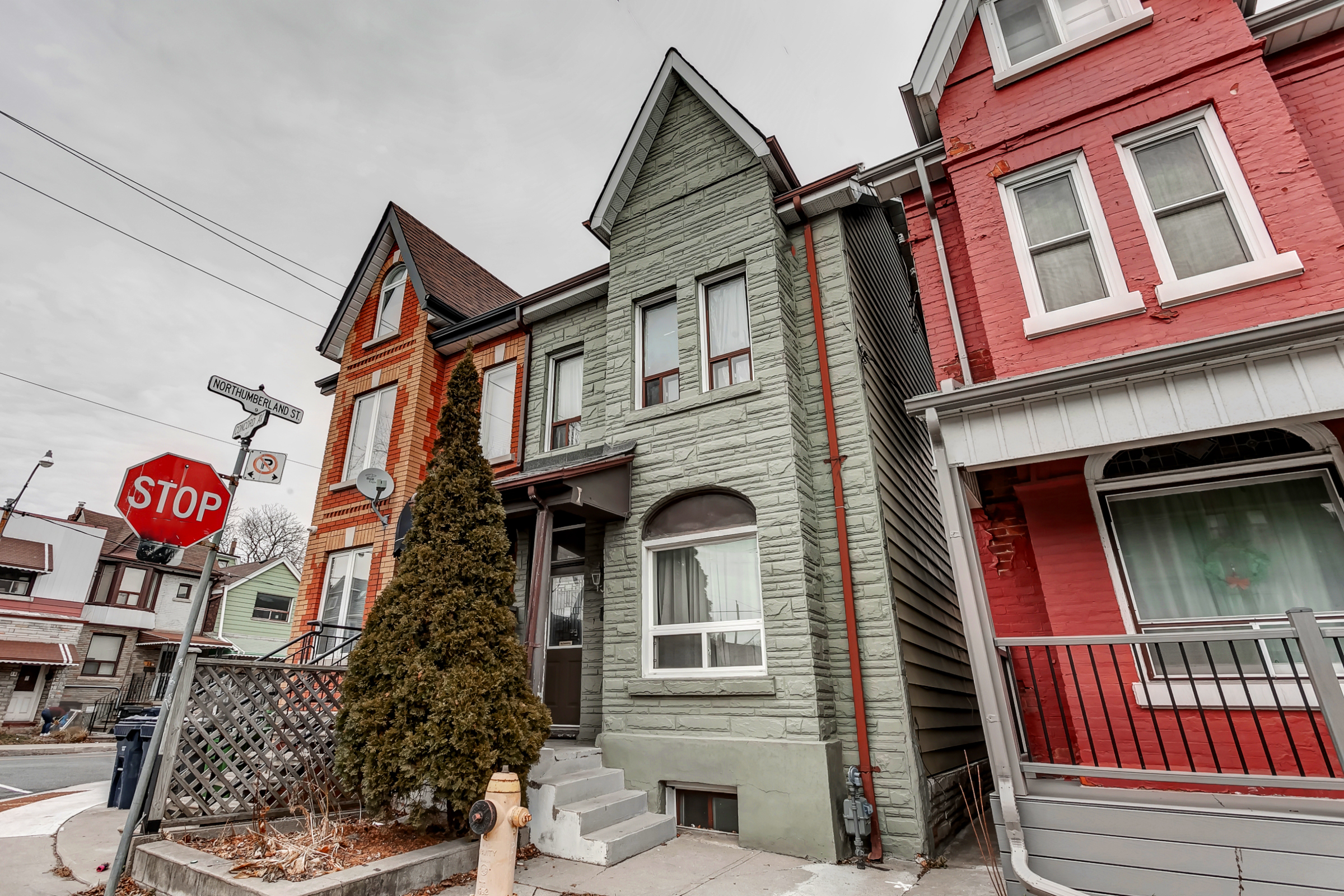 325 Concord Avenue: Toronto Home for Sale
