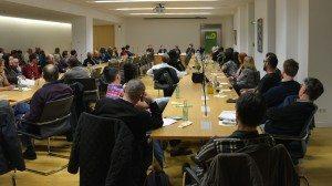 Voller Saal bei der Podiumsdiskussion zum NSU und zur Reform der Sicherheitsbehörden in Deutschland
