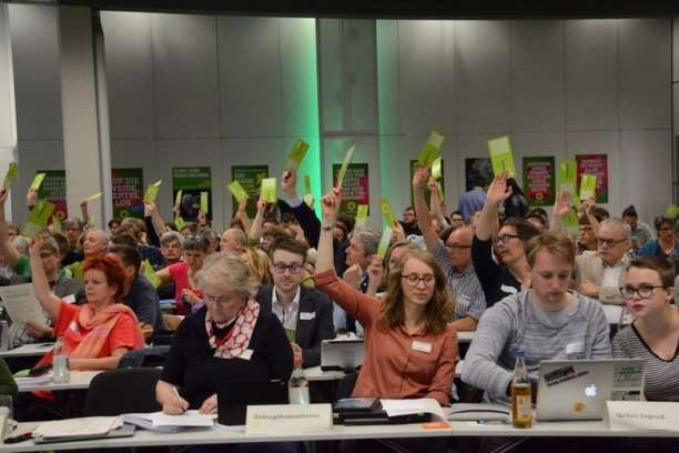 Wahlprogramm erstellen bedeutet: Heiße Debatten, viel Abstimmen!