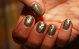 stamped-green-nails-2