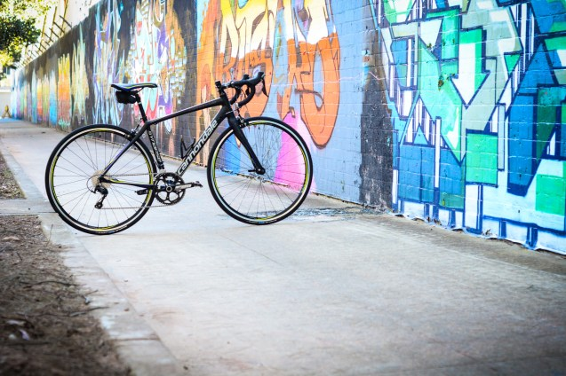 The Cannondale Synapse Women's 105 5 is right at home in an urban environment.