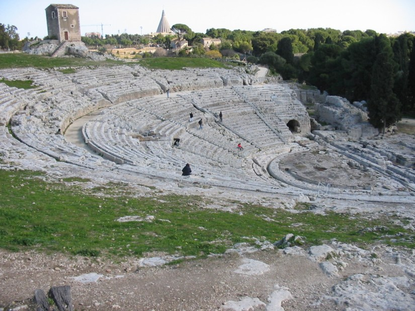 Theatre_at_Syracuse,_Sicily