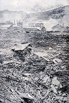 240px-Johnstown_flood_debris