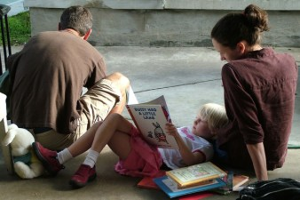 People Reading