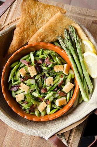 Lemon-Asparagus-Salad-with-Crispy-Ham-and-Croissant-Croutons-