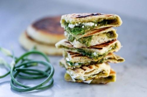 recipes using garlic scapes