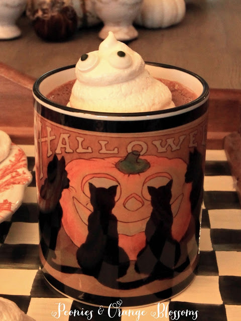 spooky ghost hot chocolate