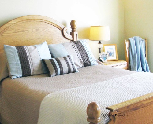 simple style bed making