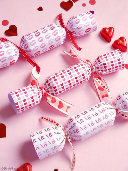 diy valentine cracker favors