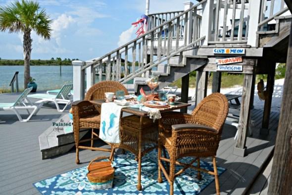 lakeside picnic tablescape