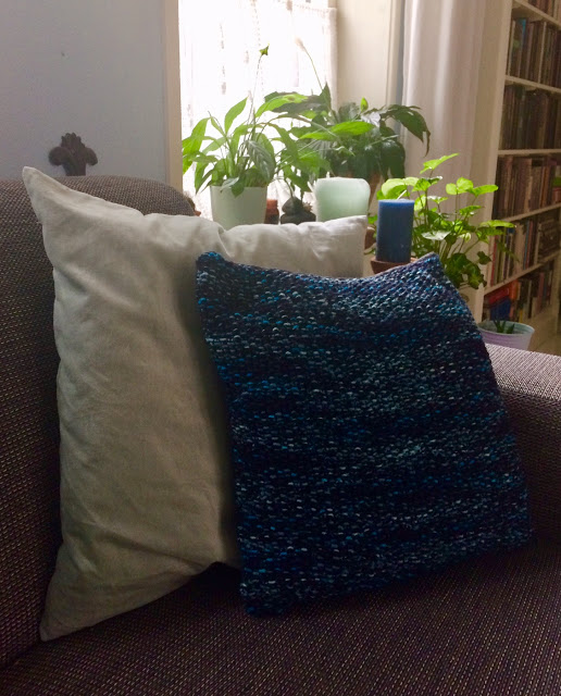 pretty moss stitch pillow