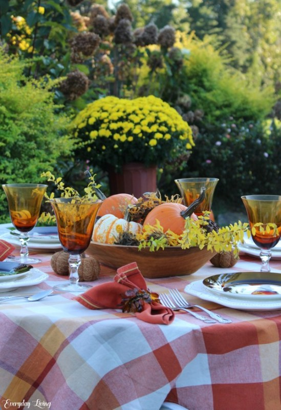 by the numbers autumn tablescape