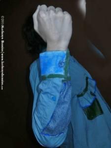 Camisa Mulata: pintura a mano y mixtura de telas.