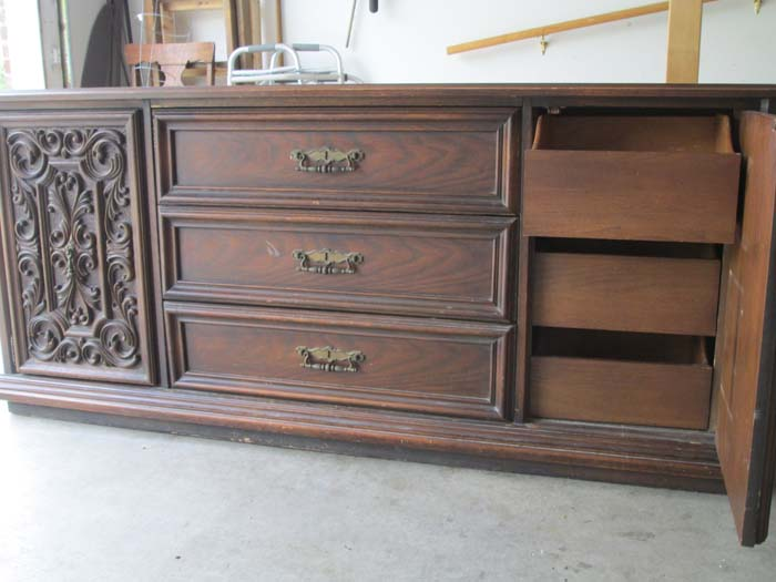 Chalk Painting an Awesome Vintage Dresser (1/6)