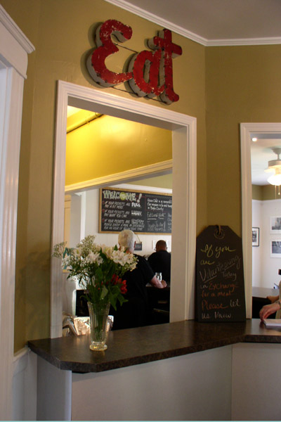 Grace Cafe, order here
