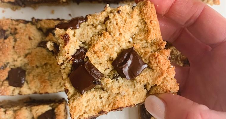 Salted Tahini Chocolate Chip Cookie Bars (Paleo)