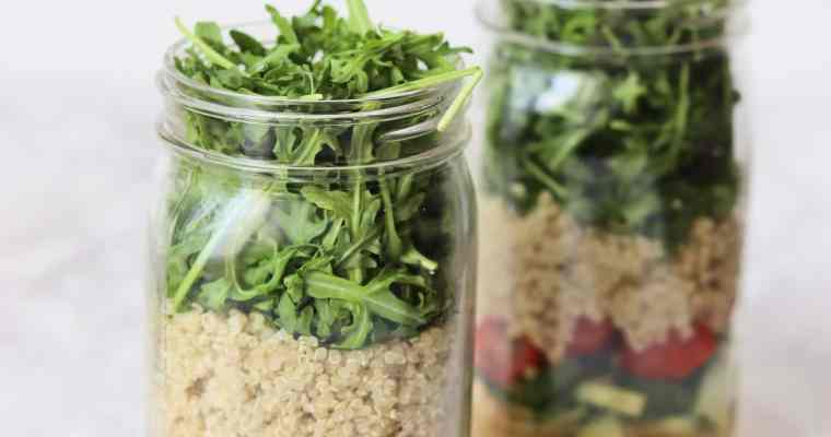 Lemon Chickpea & Quinoa Mason Jar Salads