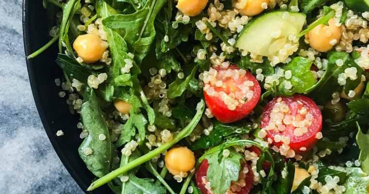 Lemon Chickpea & Quinoa Mason Jar Salads