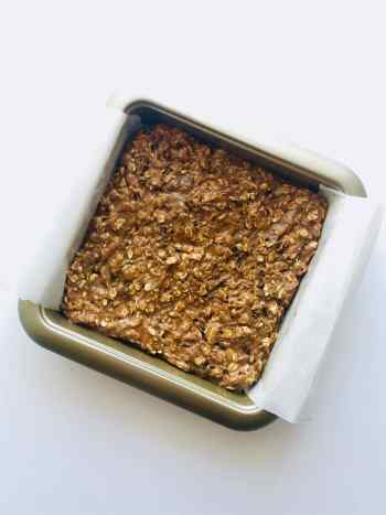 Unbaked oatmeal cookie bars