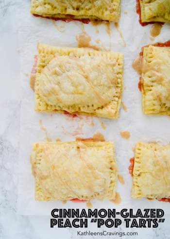 Cinnamon-Glazed-Peach-Pop-Tarts-with-Text.