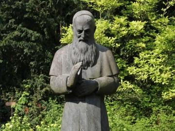 Figur von Pater Josef Kentenich