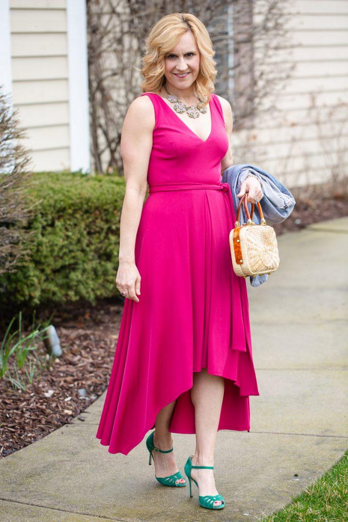 Vince Camuto hot pink fuchsia jersey dress with green SJP heels.