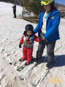 toddler learning to ski
