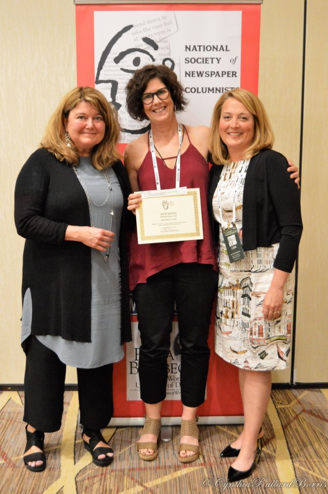 Writer Kate Mayer received NSNC award from Connie Schultz and Lisa Smith Molinari