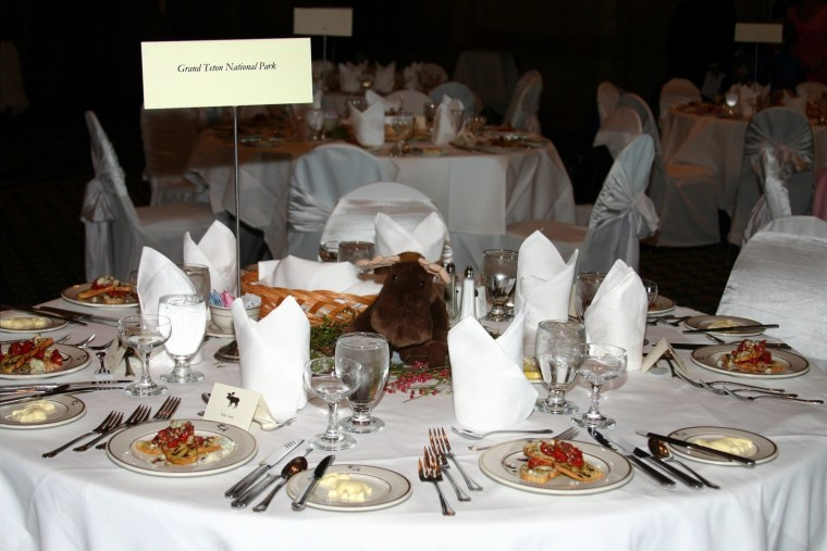 Reception national park table