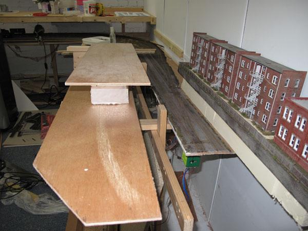 Storage track cut