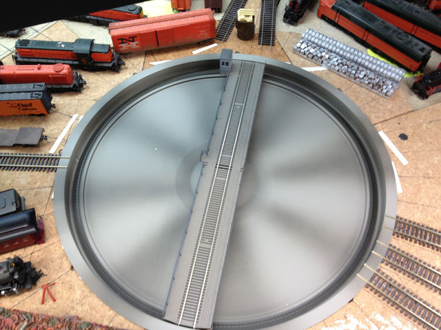 Plain turntable