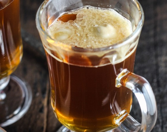 Holiday Cocktails: Burnt-Sugar Hot Buttered Rum